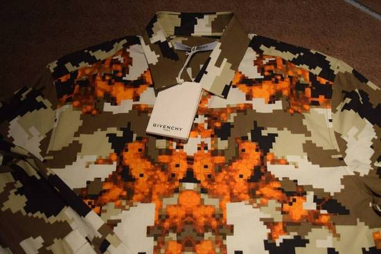 Givenchy Givenchy Authentic $750 Camo Print Shirt Size 42 Brand New With Tags Size US L / EU 52-54 / 3 - 1