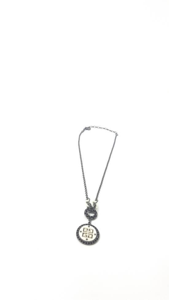 Givenchy Logo necklace doble sided Size ONE SIZE - 3