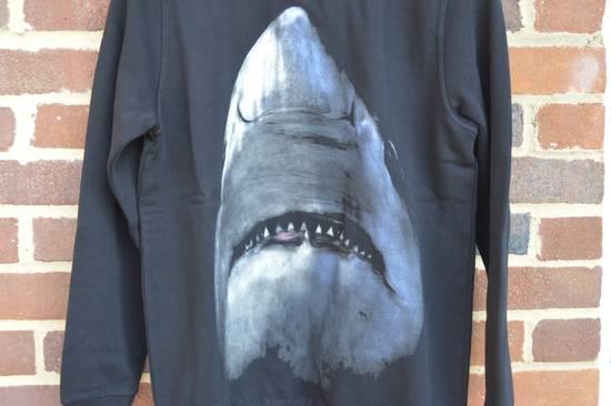 Givenchy Shark Print Sweater Size US L / EU 52-54 / 3 - 6