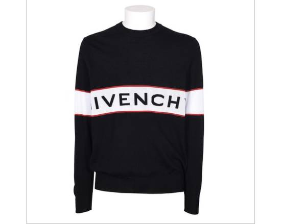 Givenchy BRAND NEW GIVENCHY LOGO EMBROIDERED WOOL SWEATER Size US M / EU 48-50 / 2 - 3