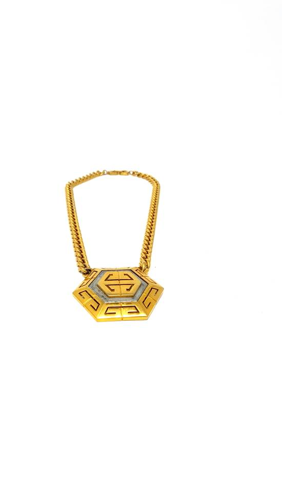 Givenchy OVERSIZED Gold plated logo necklace Size ONE SIZE - 20