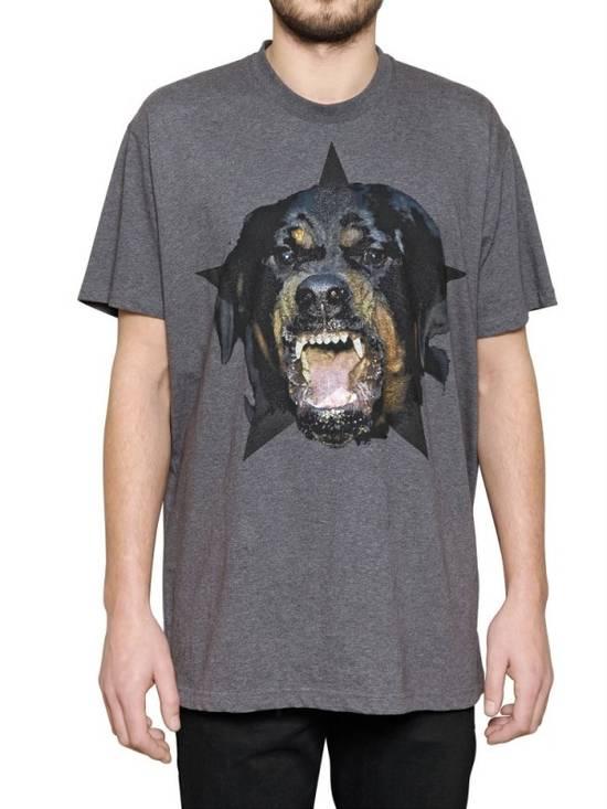 Givenchy Grey Rottweiler Star T-shirt Size US XS / EU 42 / 0 - 1