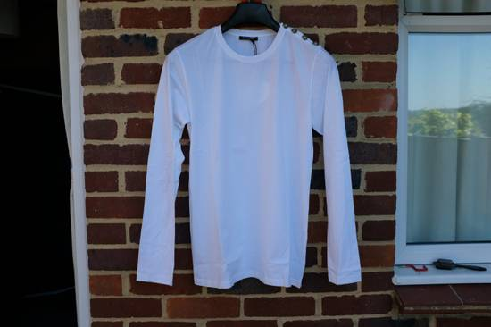 Balmain Buttoned Shoulder Long Sleeve T-shirt Size US M / EU 48-50 / 2