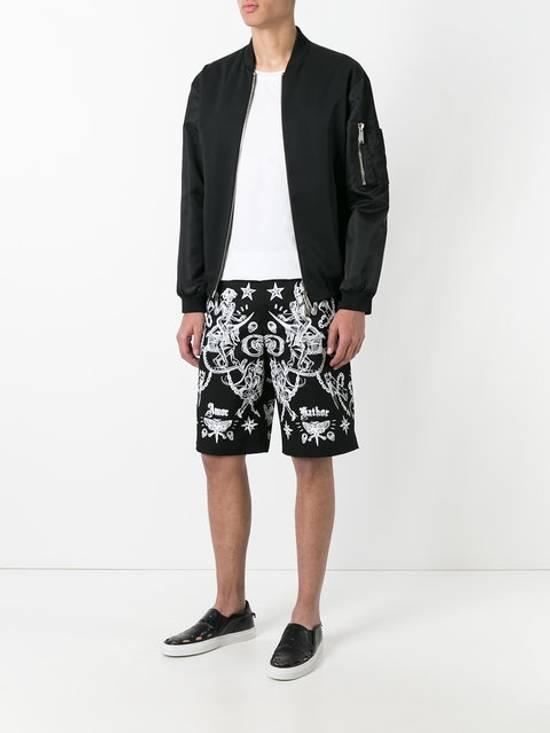 Givenchy GIVENCHY tattoo print Bermuda shorts (BN) Size US 34 / EU 50 - 1