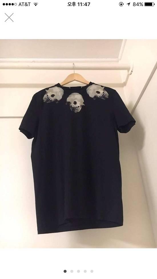 Givenchy Skull Tshirt Size US M / EU 48-50 / 2