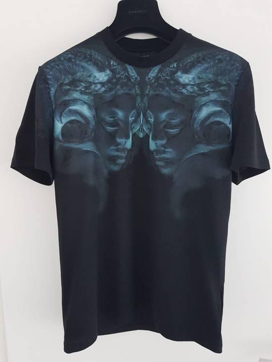 Givenchy Double Rams Head Shirt Size US M / EU 48-50 / 2