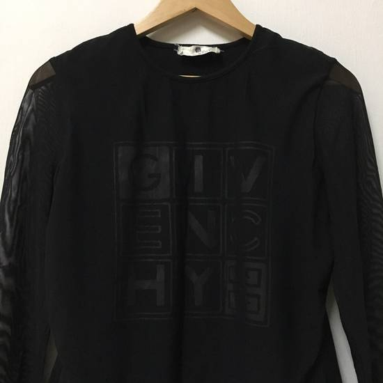 Givenchy Givenchy Long Sleeve Tee Spell Out Logo Front Size US M / EU 48-50 / 2 - 3