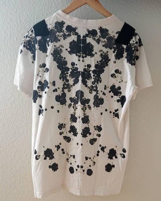Givenchy Floral Print Size US L / EU 52-54 / 3 - 10