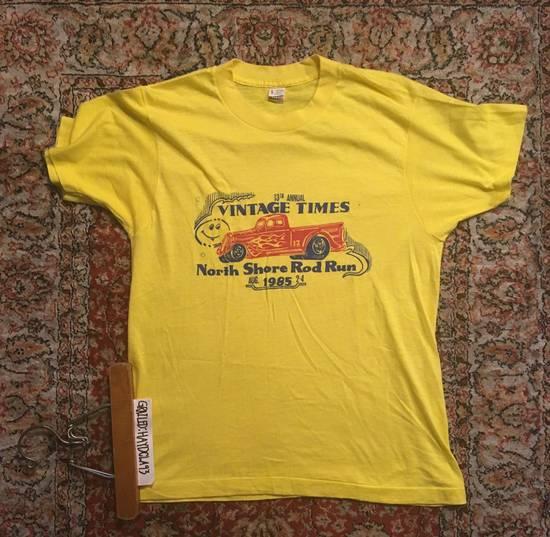Vintage VINTAGE Car Show Graphic TShirt Yellow Size L Short - Car show t shirts for sale