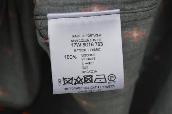 Givenchy Viscose Totem Shirt Size US S / EU 44-46 / 1 - 8
