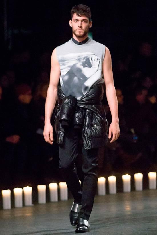 Givenchy Givenchy Grey Naked Nude Women Madonna Sleeveless Sweater Vest T-shirt size L Size US L / EU 52-54 / 3 - 2