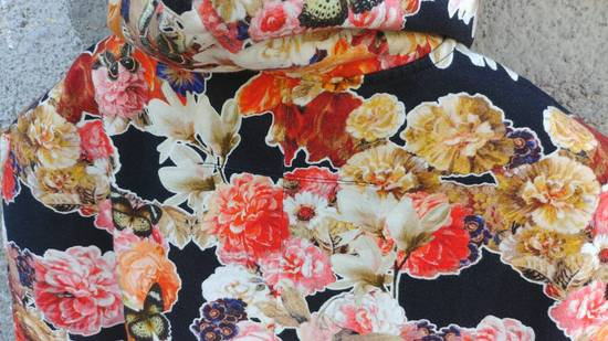 Givenchy $1050 Givenchy Floral and Butterfly Print Rottweiler Oversized Sleeveless Hoodie Top size S (M / L) Size US S / EU 44-46 / 1 - 11