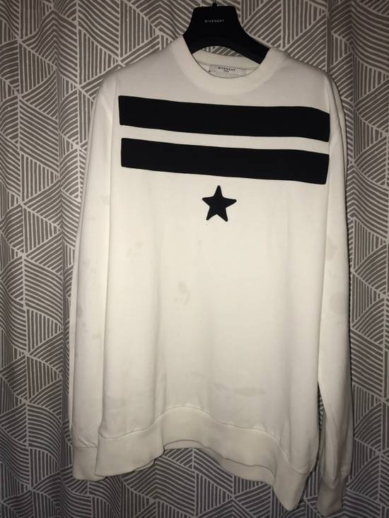 Givenchy Givenchy white and Black Sweater Size US M / EU 48-50 / 2