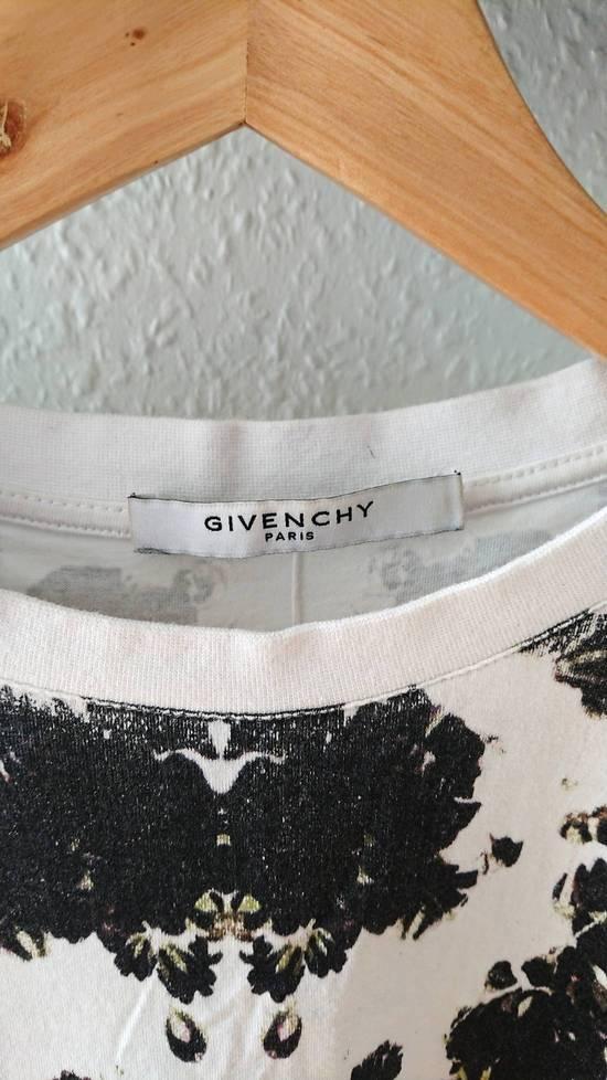 Givenchy Floral Print Size US L / EU 52-54 / 3 - 7