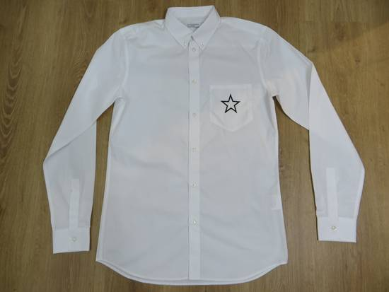 Givenchy Star print pocket shirt Size US S / EU 44-46 / 1