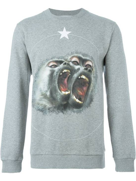 Givenchy Givenchy Grey Twin Monkey Brothers Print Rottweiler Men's Sweater size XS (S / M) Size US S / EU 44-46 / 1 - 1