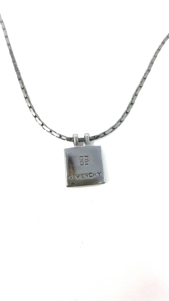Givenchy Double sided Gun metal necklace Size ONE SIZE - 8