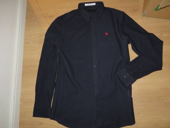 Givenchy Star-embroidery shirt Size US M / EU 48-50 / 2 - 8