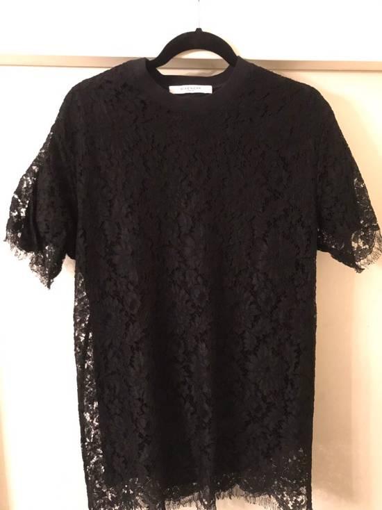 Givenchy Black Lace Overlay Tee Size US M / EU 48-50 / 2