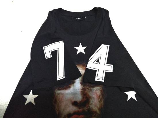 Givenchy Deadstock Givenchy Big Print t shirt Rare Designer number 74 Size US XS / EU 42 / 0 - 2