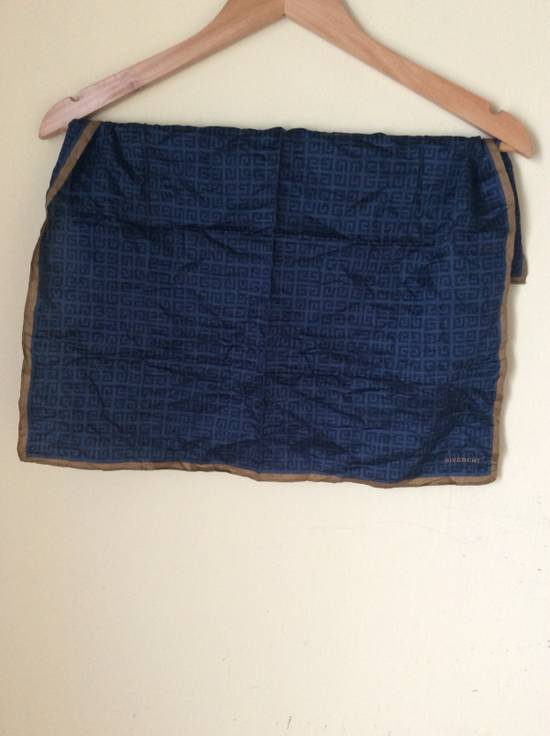 Givenchy Vintage Givenchy Handkerchief #FREEGIFT FENDI NECTIE Size ONE SIZE - 2