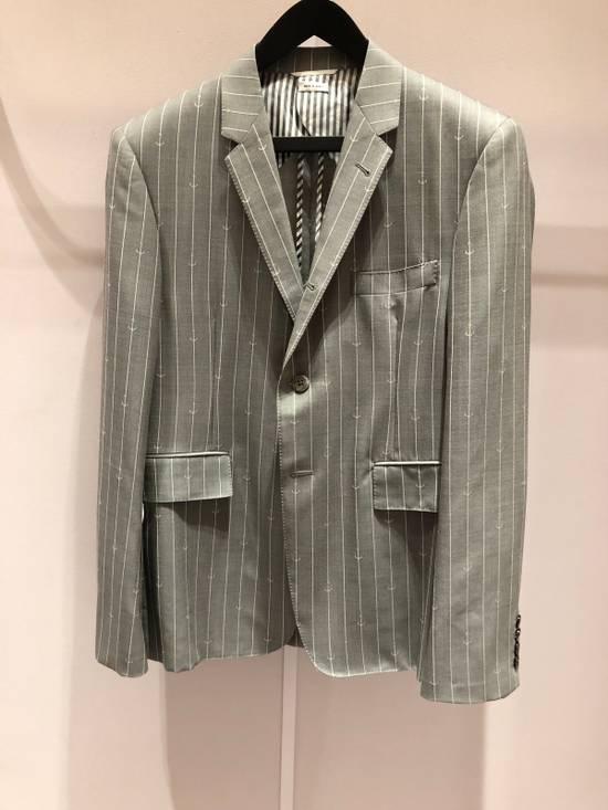 Thom Browne THOM BROWNE CLASSIC BLAZER IN GRAY/WHITE ANCHOR PINSTRIPE Size 40R