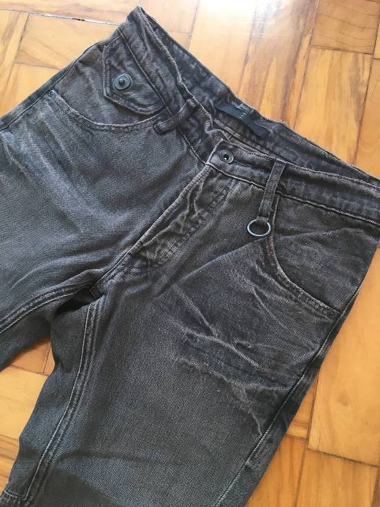 Julius Japan made cropped wrinkle and dirt effect distressed frayed hem Jeans Size US 28 / EU 44 - 17