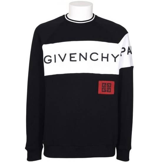 Givenchy 4G Sweatshirt Size US M / EU 48-50 / 2
