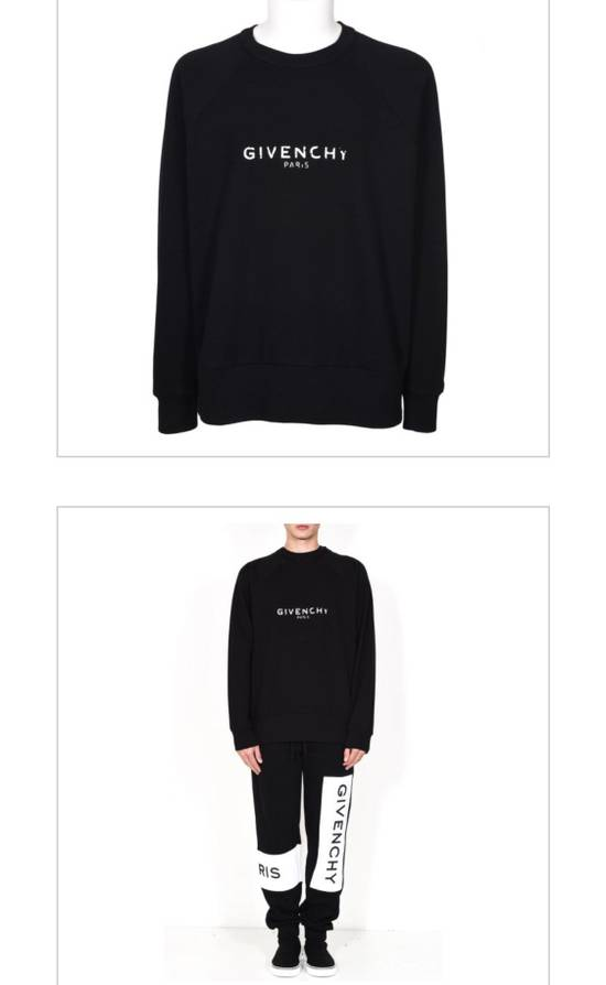 Givenchy Brand New Givenchy New Season With Givenchy Logo Embroidered Sweater Size US L / EU 52-54 / 3 - 5