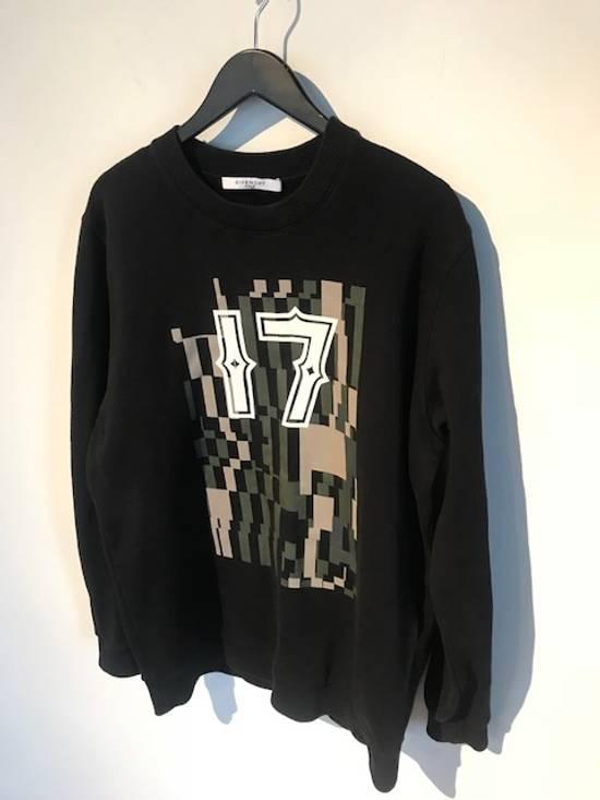 "Givenchy Givenchy Black ""17"" Printed Sweatshirt Size US S / EU 44-46 / 1"