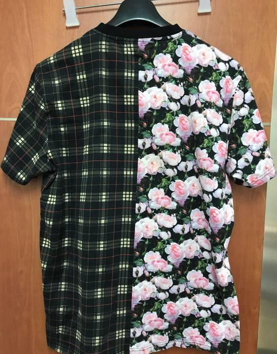 Givenchy Givenchy Floral & Plaid Cuban Fit T-Shirt Size US L / EU 52-54 / 3 - 8