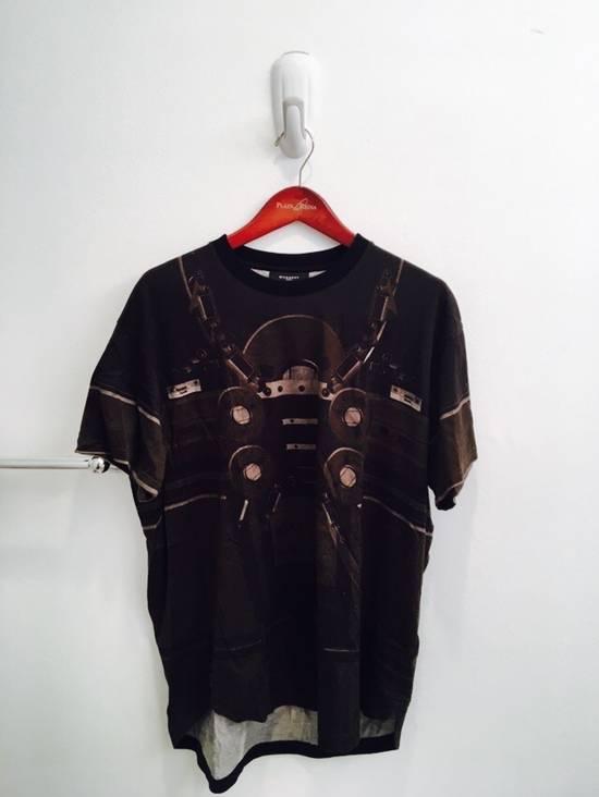 Givenchy Radio Tee Size US M / EU 48-50 / 2