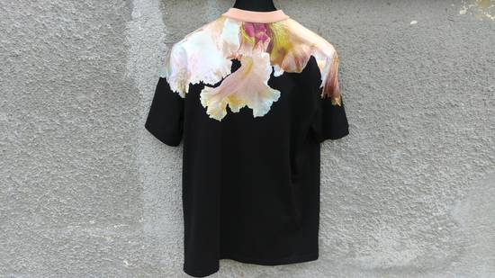 Givenchy $625 Givenchy Floral Abstract Print Rottweiler Shark Oversized T-shirt size XS Size US M / EU 48-50 / 2 - 8