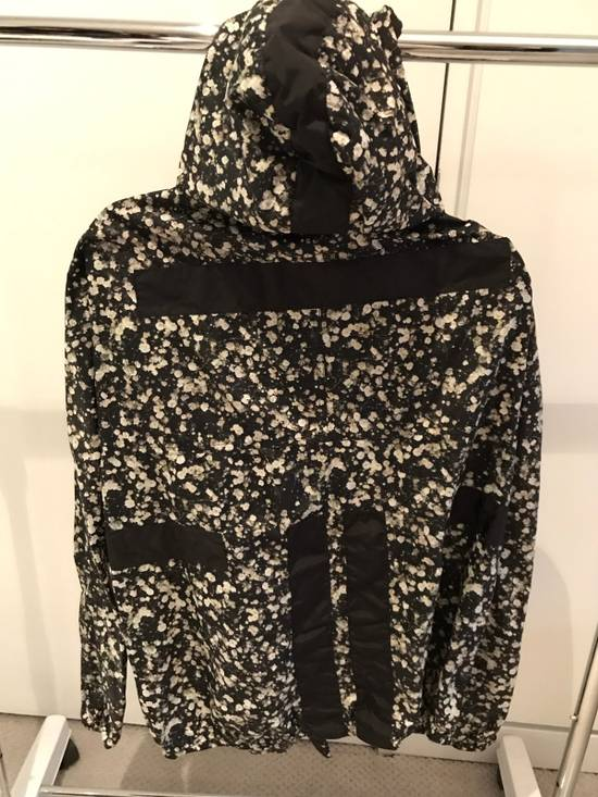 Givenchy Floral Windbreaker Size US M / EU 48-50 / 2 - 1