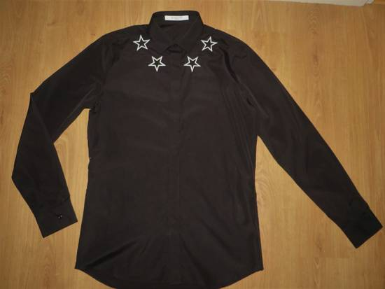 Givenchy Star embroidery shirt Size US M / EU 48-50 / 2 - 6