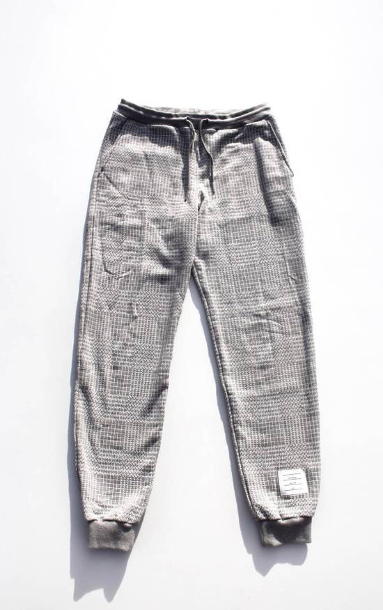Thom Browne Houndstooth Sweatpants in Grey Size US 30 / EU 46