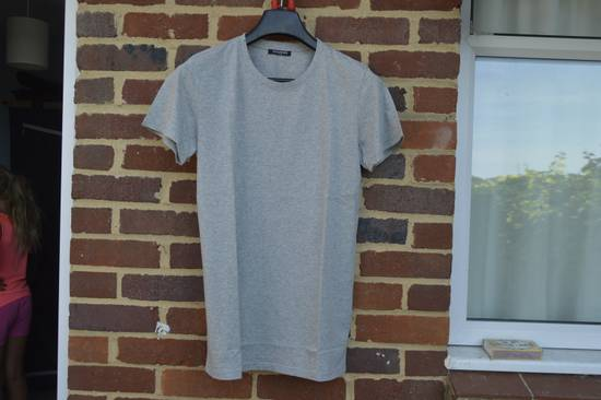 Balmain Grey Distressed T-shirt Size US M / EU 48-50 / 2