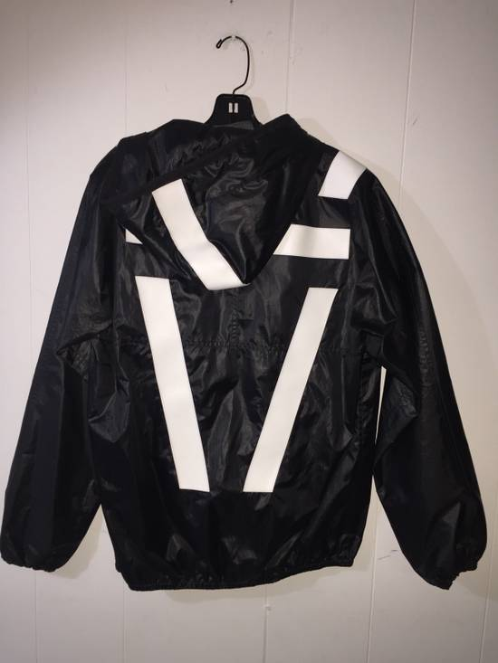 Givenchy Mens Givenchy Active Sports Windbreaker Size M Size US M / EU 48-50 / 2