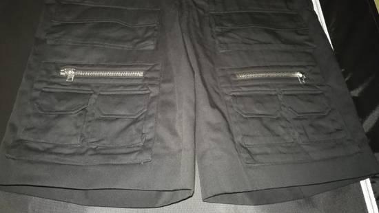 Givenchy Cargo Bermuda Shorts Black Size US 36 / EU 52 - 2