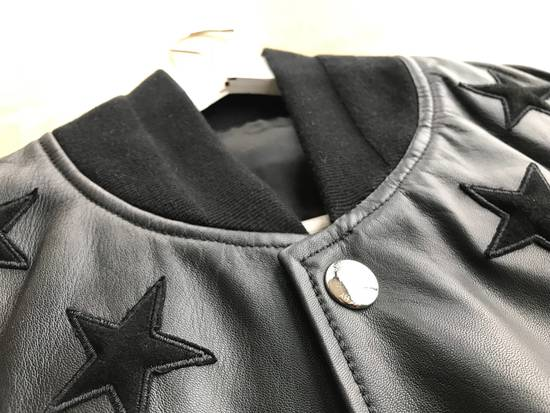 Givenchy Star Patch Leather Bomber Size US M / EU 48-50 / 2 - 1