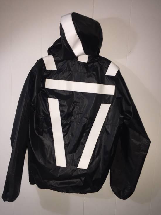 Givenchy Mens Givenchy Active Sports Windbreaker Size M Size US M / EU 48-50 / 2 - 4