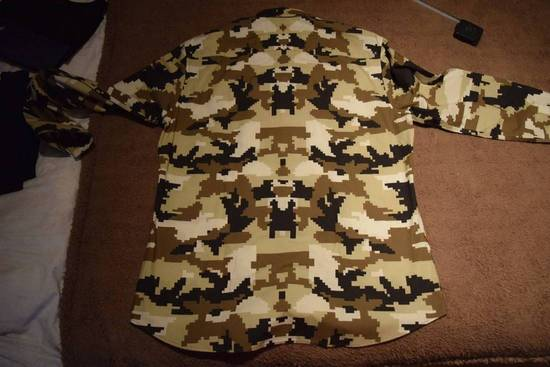 Givenchy Givenchy Authentic $750 Camo Print Shirt Size 42 Brand New With Tags Size US L / EU 52-54 / 3 - 5