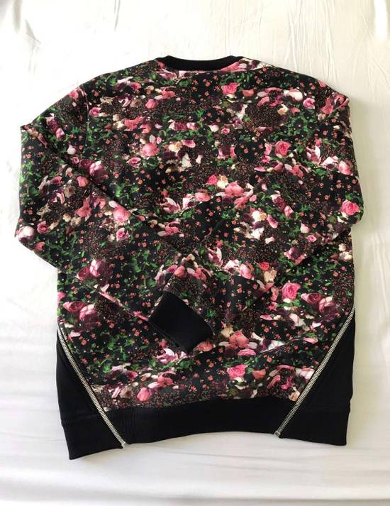 Givenchy Oversize Floral Print Sweater Size US S / EU 44-46 / 1 - 1