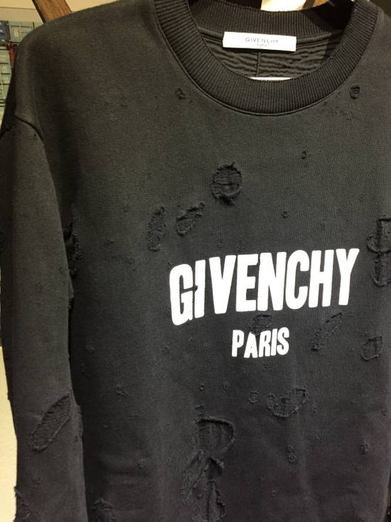 Givenchy Distressed Logo Sweater Size US M / EU 48-50 / 2 - 1