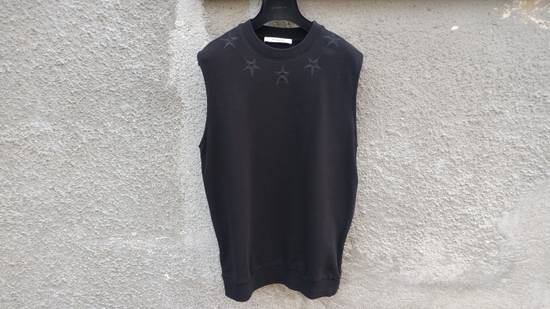 Givenchy $705 Givenchy Sleeveless Stars Rottweiler Shark Oversized Sweater size S (M / L) Size US S / EU 44-46 / 1