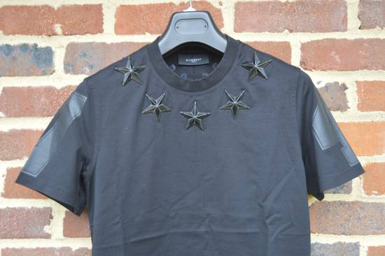 Givenchy Black Metal Stars T-shirt Size US XS / EU 42 / 0 - 4