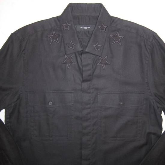 Givenchy Givenchy Embroidered Star Collar Button Down Shirt Size US L / EU 52-54 / 3 - 1