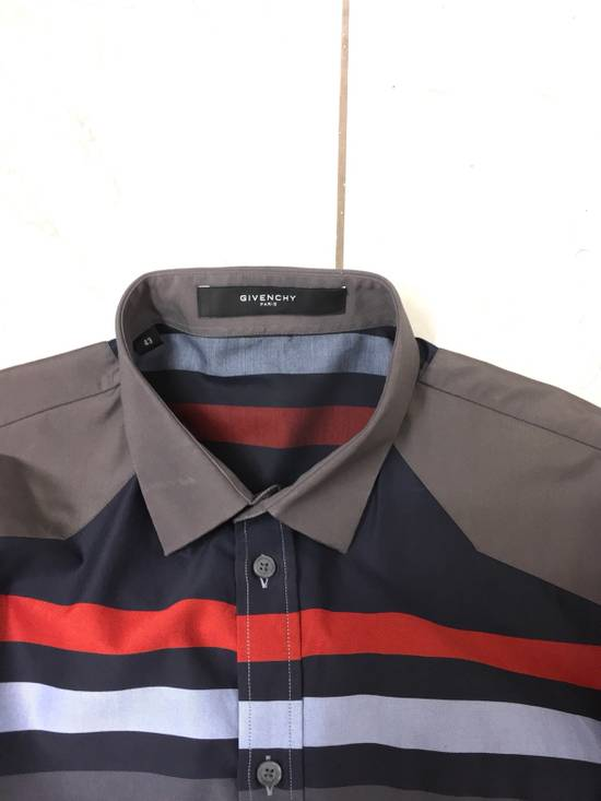 Givenchy Givenchy Paris Gray Horizontal Striped Button Shirt Size US L / EU 52-54 / 3 - 6