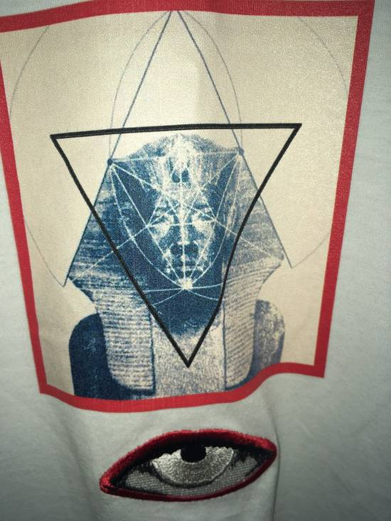 Givenchy Sphinx Graphic & Eye Appliqué T-Shirt Size US L / EU 52-54 / 3 - 4
