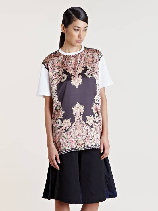 Givenchy $685 Givenchy Satin Paisley Floral Birds of Paradise Oversized T-shirt size S (M) Size US M / EU 48-50 / 2 - 5